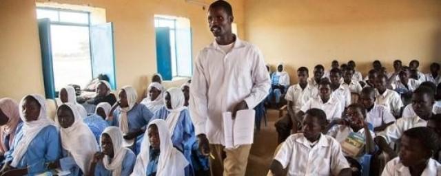"""نقابة المعلمين السودانية تخاطب """"حمدوك"""" بشأن إلغاء """"عطلة السبت"""""""