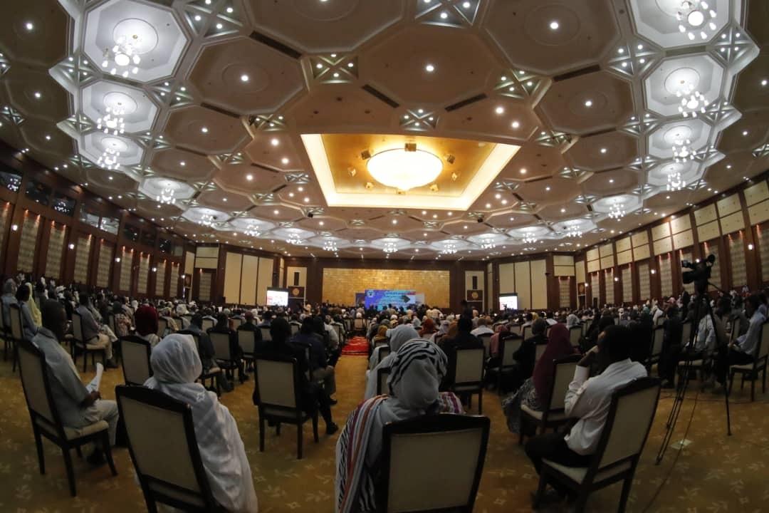رئيس الوزراء السوداني: نحتاج إلى نقاش مجتمعي للحصول على توافق